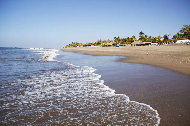 800px-Las_Penitas_Beach